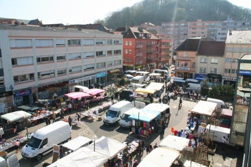Le marché bi-hebdomadaire à Forbach
