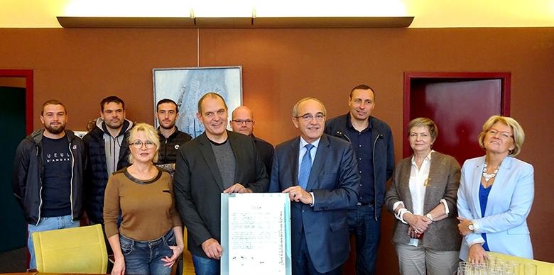 Signature de la Charte de la Fédération des Forains de France